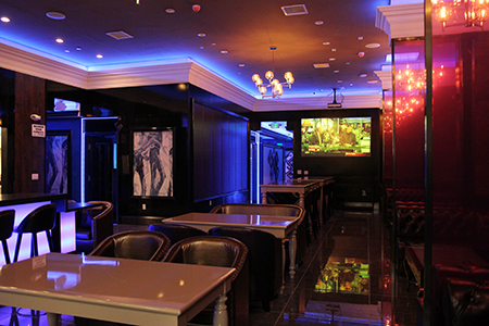 Luxy Karaoke Lounge Amp Bar 複合式娛樂酒吧 讓您 K